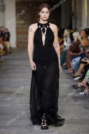 Alberta Ferretti show, Runway, Milan Fashion Week