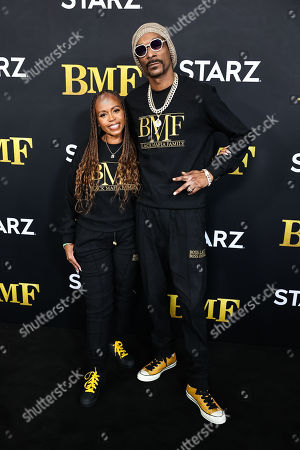 """Snoop Dogg and Shante Taylor attend the STARZ Series """"BMF"""" Premiere at Cellairis Amphitheatre"""