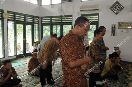 Editorial photo of President Obama's cousin Haryo Sotendro praying at his local mosque in Jakarta, Indonesia - 12 Mar 2010