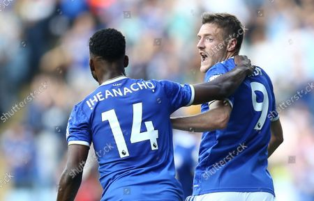 Jamie Vardy of Leicester City celebrates scoring his sides second goal with team-mate  Kelechi Iheanacho