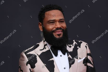 Anthony Anderson arrives at the 73rd Emmy Awards at the JW Marriott on at L.A. LIVE in Los Angeles