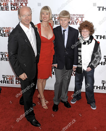 Paul Haggis, Deborah Rennard and family