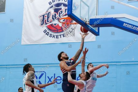 Zach Simmons of Bristol Flyers scores- Mandatory by-line: Will Cooper/JMP
