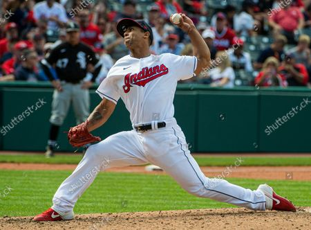Cleveland Indians relief pitcher Anthony Gose delivers against the Chicago White Sox during a baseball game in Cleveland