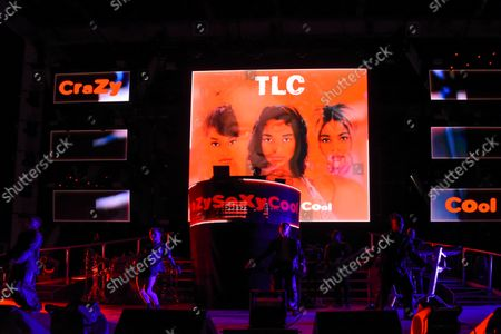"""TLC perform during their ''Celebration of CrazySexyCool"""" tour"""