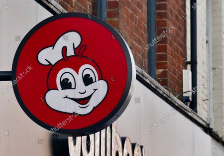 Stock Picture of Fried chicken chain Jollibee opened its seventh UK store on the town's Broad Street.Founded by Tony Tan Caktiong in the Philippines, the Jollibee Group now has over 5,800 restaurants across the globe, having first started as a humble ice-cream shop.The new Reading store will be serving halal meat to cater to local requests from the community.