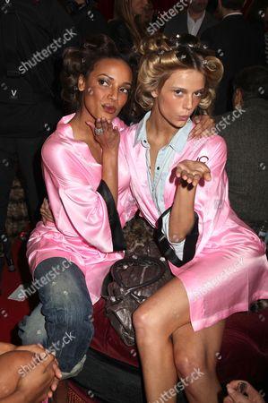 Stock Picture of Selita Ebanks and Fabiana Semprebom