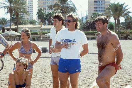 Janette Brittin, Rachael Heyhoe-Flint, Chris Cowdrey,  Ian Botham and Malcolm MacDonald