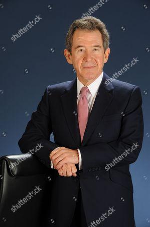 Editorial photo of Edmund John Philip Browne. - 2010