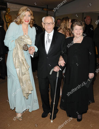 Eli Wallach, Anne Jackson and Daughter