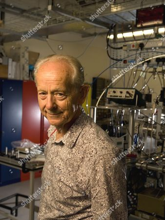 Stock Picture of Dr Russell Stannard, Professor Emeritus of Physics at the Open University.