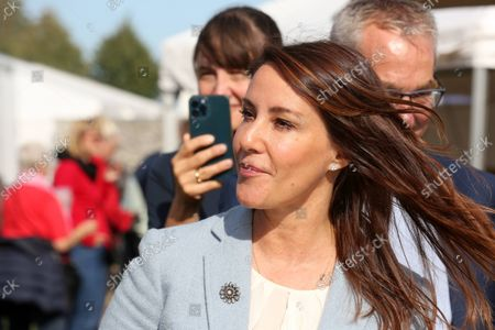 Stock Image of Princess Marie visited the Madens Folkemode and the Collaborating Merchants Samvirkende Kobmaends honorary award for a special effort in the fight against food waste in Engestofte Gods, Maribo