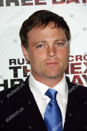 Editorial image of 'The Next Three Days' film premiere, Los Angeles, America - 16 Nov 2010