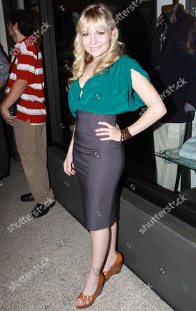 Editorial photo of Lindsey Haun leaves Cafe Roma, Los Angeles, America - 17 Nov 2010