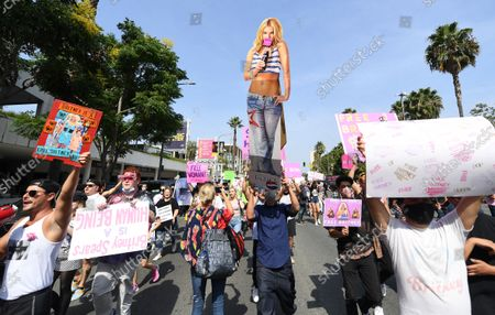 Britney Spears fans rally outside the courthouse before the announcement that Britney Spears' father, Jamie spears, is suspended from her conservatorship in Los Angeles Wednesday. (Wally Skalij/Los Angeles Times)