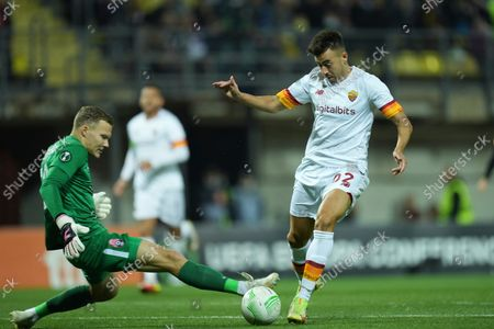 Roma's Stephan El Shaarawy, right, scores his side's opening goal during the Europa Conference League Group C soccer match between Zorya Luhansk and Roma at the Slavutych-Arena stadium in Zaporizhia, Ukraine