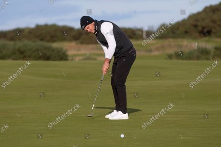 Danny Willett of England putts on the 15th green during the final round of the Alfred Dunhill Links Championship on the Old Course, St Andrews; The Old Course, St Andrews Links, Fife, Scotland; European Tour, Alfred Dunhill Links Championship, Fourth round.