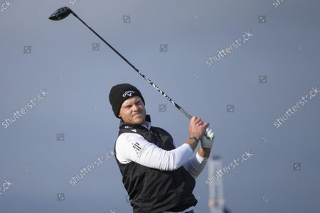 Danny Willett of England tees off on the sixteenth hole during the final round of the Alfred Dunhill Links Championship on the Old Course, St Andrews; The Old Course, St Andrews Links, Fife, Scotland; European Tour, Alfred Dunhill Links Championship, Fourth round.