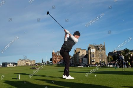 Stock Photo of Danny Willett of England tees off on the eighteenth hole during the final round of the Alfred Dunhill Links Championship on the Old Course, St Andrews; The Old Course, St Andrews Links, Fife, Scotland; European Tour, Alfred Dunhill Links Championship, Fourth round.