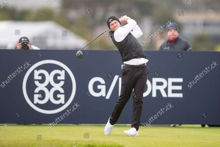 Danny Willett of England tees off on the fourth hole on the Old Course, St Andrews during the final round of the Alfred Dunhill Links Championship; The Old Course, St Andrews Links, Fife, Scotland; European Tour, Alfred Dunhill Links Championship, Fourth round.