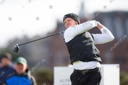 Danny Willett of England tees off on the third hole on the Old Course, St Andrews during the final round of the Alfred Dunhill Links Championship; The Old Course, St Andrews Links, Fife, Scotland; European Tour, Alfred Dunhill Links Championship, Fourth round.