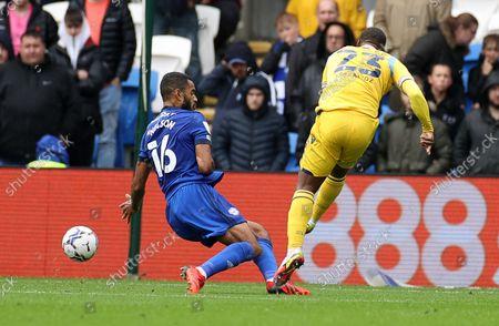 Junior Hoilett of Reading scores a goal.
