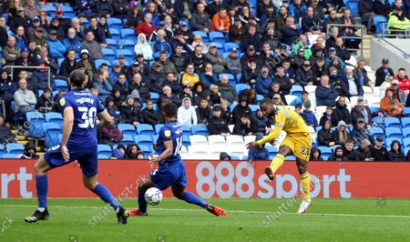 Stock Image of Junior Hoilett of Reading FC scores the opening goal to put Reading 1-0 up