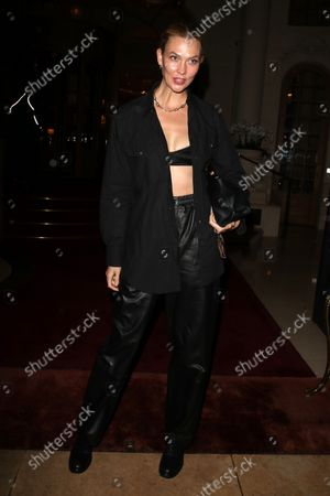 Editorial image of Karlie Kloss arriving at a Hotel, Spring Summer 2022, Paris Fashion Week, France - 02 Oct 2021