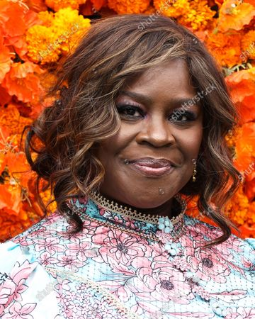 Stock Picture of PACIFIC PALISADES, LOS ANGELES, CALIFORNIA, USA - OCTOBER 02: Comedian Retta arrives at the Veuve Clicquot Polo Classic Los Angeles 2021 held at the Will Rogers State Historic Park on October 2, 2021 in Pacific Palisades, Los Angeles, California, United States.