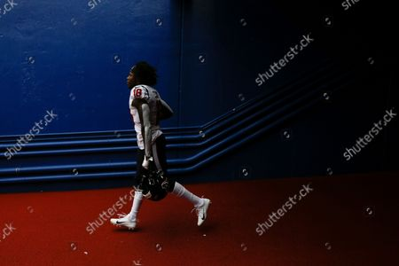 Houston Texans wide receiver Chris Conley (18) takes the field after halftime of a NFL football game against the Buffalo Bills in Orchard Park, N.Y