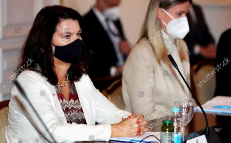Swedish Minister of Foreign Affairs Ann Linde (L), during the meeting with members of Bosnian Presidency, in Sarajevo, Bosnia and Herzegovina, 04 October 2021.