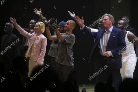 Tara Fitzgerald (Gertrude), Cush Jumbo (Hamlet) and Adrian Dunbar (Ghost/Claudius) during the curtain call