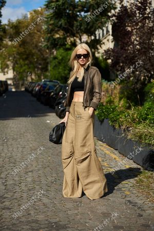 Stock Picture of Kate Davidson Hudson, Street Style