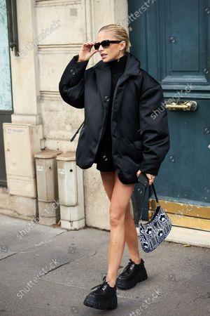 Caroline Daur, Street Style