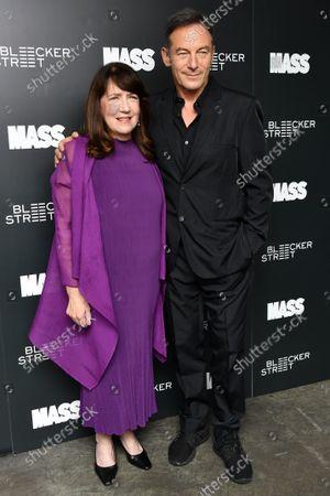 Ann Dowd and Jason Isaacs