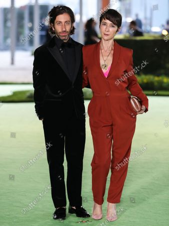Actor Simon Helberg and wife Jocelyn Towne arrive at the Academy Museum of Motion Pictures Opening Gala held at the Academy Museum of Motion Pictures on September 25, 2021 in Los Angeles, California, United States.