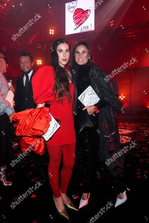 """Scout LaRue Willis and Demi Moore wait for the """"Love Brings Love"""" Show In Honor Of Alber Elbaz By AZ Factory at Le Carreau Du Temple"""