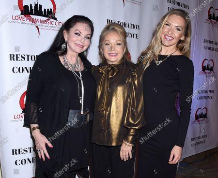 Stock Photo of Crystal Gayle, Charlene Tilton and Cherish Lee