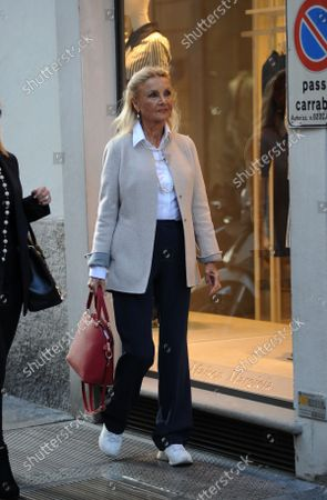 Stock Photo of Barbara Bouchet strolls through the streets of the center with a friend, stopping to browse the windows of the boutiques of the quadrilateral.