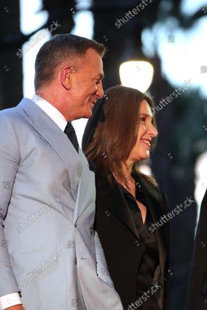 Daniel Craig, Barbara Broccoli