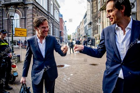 Informants Johan Remkes and Wouter Koolmees receive the group chairmen Mark Rutte, Gert-jan Segers Wopke Hoekstra and Sigrid Kaag and deputies of VVD Sofie Hermans, D66 Rob Jetten, CDA, and ChristenUnie Carola Schouten in the Logement. Remkes was already an informateur, Koolmees is temporarily giving up his job as Minister of Social Affairs and Employment.