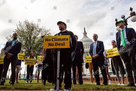 Rev. Lennox Yearwood Jr. of the Hip Hop Caucus speaks during a press conference with Sunrise Movement, Evergreen Action, and US Senators reiterating their commitment to inclusion of climate solutions in the $3.5 trillion Build Back Better Act (a.k.a. reconciliation budget).