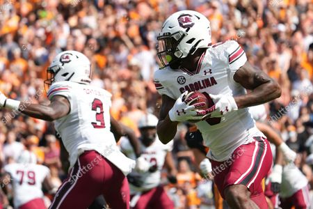 Stock Image of Jaheim Bell #0 of the South Carolina Gamecocks runs the ball during the NCAA football game between the University of Tennessee Volunteers and the University of South Carolina Gamecocks at Neyland Stadium in Knoxville TN Tim Gangloff/CSM