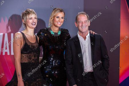 Agathe Rouselle (L) Julia Ducournau (Centre) and Vincent Lindon (R)