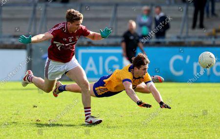 Stock Photo of Raheny vs Na Fianna . Raheny's David Shatwell and Brian O'Leary of Na Fianna