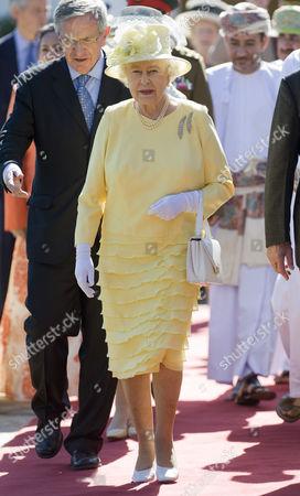 Editorial photo of Queen Elizabeth II visit to Oman - 27 Nov 2010