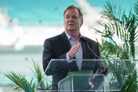 Commissioner Roger Goodell speaks during the Celebration of Life ceremony for former Miami Dolphins football head coach Don Shula on at Hard Rock Stadium in Miami Gardens, Fla