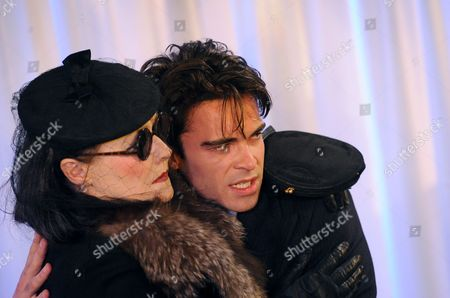 'Les Parents Terribles' - Frances Barber (Yvonne) and Tom Byam Shaw (Michael)
