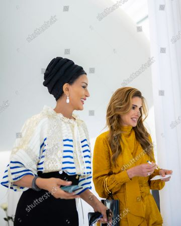 Her Majesty Queen Rania meets with Her Highness Sheikha Moza bint Nasser during a visit to Doha, Qatar
