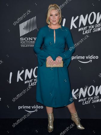 Actress Cassie Beck arrives at the Los Angeles Premiere Of Amazon Studios and Sony Pictures Television's 'I Know What You Did Last Summer' held at The Hollywood Roosevelt on October 13, 2021 in Hollywood, Los Angeles, California, United States.